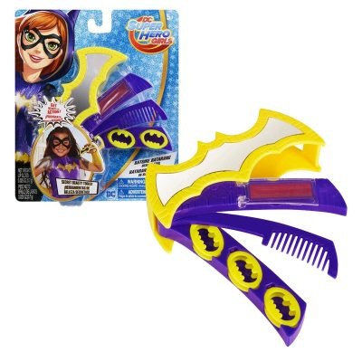 DC Superhero Girls Batgirl Batarang Beauty Tool